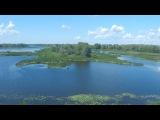 переезд по мосту на поезде через реку Волгу недалеко от Самары